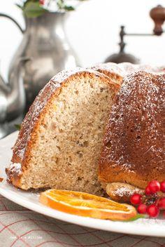 Bundt cake all'arancia e nocciole senza lattosio _ Bundt cake with orange and hazelnuts lactose free