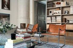 Learn how to easily create the perfect living room for your home with these key principles and ideas from an experienced interior designer. Living Room Styles, My Living Room, Living Room Interior, Home And Living, Living Room Designs, Living Room Decor, Living Spaces, Interior Exterior, Interior Architecture