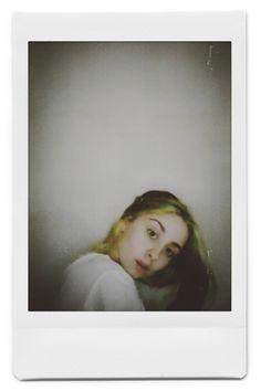 Polaroid Photos, Polaroid Film, Instant Film Camera, Mona Lisa, Artwork, Polaroid Pictures, Work Of Art, Auguste Rodin Artwork, Artworks