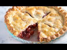 An easy cherry pie recipe with sugar, cornstarch, vanilla, almond extract and fresh lemon. Both tart and sweet cherries work beautifully in this pie. Easy Pie Recipes, Tart Recipes, Snack Recipes, Dessert Recipes, Nutella Recipes, Homemade Cherry Pies, Homemade Pie, Homemade Breads, All You Need Is