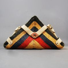 VINTAGE 70s HANDMADE TRIANGLE leather and STRAW TOTE