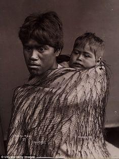 Rangi Tahi with a child