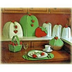 Proj Cozies N Covers On Pinterest Tea Cosies Tea Cozy And Appliance Covers