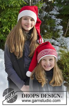 Sweet Carolers / DROPS Extra - Free knitting patterns by DROPS Design - knit holiday ideas Crochet Christmas Hats, Christmas Knitting Patterns, Knitting Patterns Free, Knit Patterns, Free Knitting, Knitted Baby Beanies, Baby Hats Knitting, Knitting For Kids, Knitted Hats