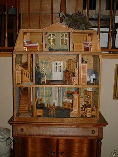 My Dream Dollhouse: German Antique Dollhouse