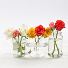 A 2-minute flower arrangement made from everyday objects at home: mugs, food tins and glass jars! Easy, inexpensive and so pretty!