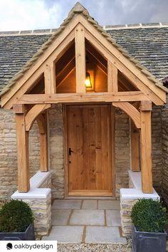 Porch Oak, Porch Timber, House Front Porch, Front Porch Design, Front Deck, Front Porches, Porch Canopy, Porch Gazebo, Porch Entrance