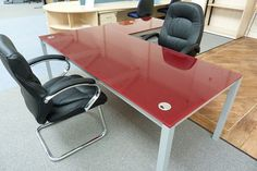 Our Preloved furniture is feeling a little lonely coming up to Valentine's day. Give our Red Italian Glass Executive Desk with matching Meeting table a new home for only £975 + VAT. For more information check our website: http://www.usedofficefurniturelancashire.co.uk/…/detail.cfm…  ‪#‎desk‬ ‪#‎executivedesk‬ ‪#‎bargain‬ ‪#‎usedfurniture‬ ‪#‎italianglass‬