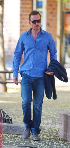 Michael Fassbender / blue / shades