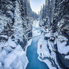 Kootenay National Park British Columbia Canada @CalSnape - like it if you believe our #earthisstunning   --------------------------- #earth #earthisbeautiful #earthpix #earthphoto #earthlover #earthescape #earthcapture #photograph #photooftheday