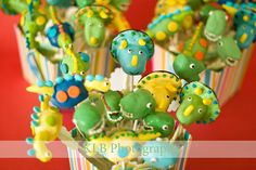 dinosaur cake pops - ideas for the cake pop queen