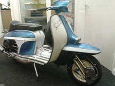 Lambretta Scooter, Vespa Scooters, Series 3, Paint Ideas, Motors, Greece, Motorcycle, Bike, Metal