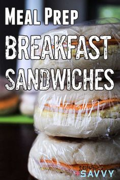 Make these meal prep freezer friendly breakfast sandwiches for quick and easy weekday breakfast on the go. Make Ahead Breakfast Sandwich, Breakfast On The Go, Vegan Meal Prep, Easy Meal Prep, Meal Prep For Beginners, Meal Prep For The Week, Make Ahead Meals, Freezer Cooking, Easy Dinner Recipes