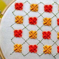 diese alte kunst der handstickerei ist einfach zu meistern - este antiguo arte del bordado a mano es fácil de dominar Hand Embroidery Videos, Embroidery Stitches Tutorial, Embroidery Flowers Pattern, Flower Embroidery Designs, Creative Embroidery, Simple Embroidery, Learn Embroidery, Silk Ribbon Embroidery, Crewel Embroidery