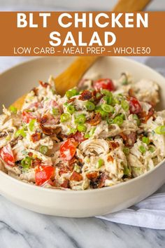 This Whole30 BLT Chicken Salad is the kind of quick and easy lunch that helps get me through the 30 days. Just pack this chicken salad up and enjoy! Low Carb Recipes, Whole Food Recipes, Diet Recipes, Cooking Recipes, Healthy Recipes, Healthy Snacks, Dinner Healthy, Quick Healthy Food, Vegetarian