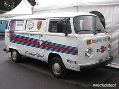 http://images.forum-auto.com/mesimages/749181/VWBusT242.jpg