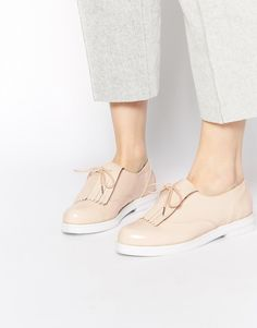 Изображение 1 из Туфли на плоской подошве ASOS MADRID