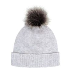Pom Pom Beanie Light Grey With Lady Grey Pompom (345 PEN) ❤ liked on Polyvore featuring accessories, hats, beanie caps, light grey beanie, pom pom hats, pom pom hat and beanie hat
