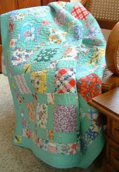 """Feedsack Patches"" Deiters Oh I loved granny's pretty Feedsack dresses she made me and quilts Quilts Vintage, Antique Quilts, Vintage Fabrics, Quilt Baby, Scrappy Quilts, Easy Quilts, Patch Quilt, Quilt Blocks, Quilt Modernen"