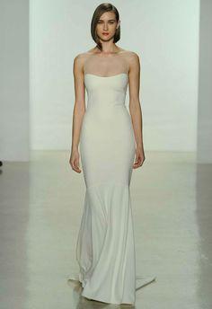 803fa0a690 30 Minimalist and Elegant Wedding Dress Ideas