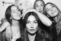 Pin for Later: Plage, Soirée, Jet Privé et Coachella – Voilà ce Que Gigi Hadid a Fait Pour Ses 21 Ans