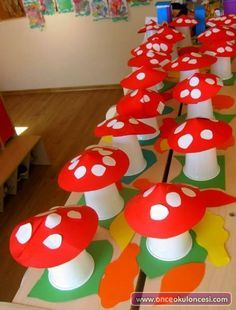 paper cup mushroom craft - Spring Crafts For Kids Craft Activities, Preschool Crafts, Daycare Crafts, Kids Crafts, Diy And Crafts, Arts And Crafts, Spring Crafts For Kids, Autumn Crafts, Autumn Art