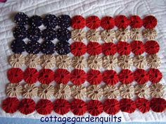 Americana Yo Yo Flag Quilt Top Patriotic  by cottagegardenquilts, $20.00