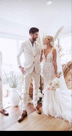 Beach Wedding Groom Attire, White Wedding Suit, Groom And Groomsmen Attire, Lace Wedding, Wedding Goals, Dream Wedding Dresses, Bridal Gowns, Marie, Wedding Inspiration