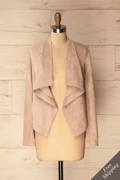 Surdulica #Boutique1861 / A versatile suede jacket to go from work to cocktail hour! #spring #jacket