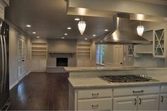 Sherwin Williams Sea Salt Paint Design, Pictures, Remodel, Decor and Ideas Sea Salt Paint, Sea Salt Sherwin Williams, Paint Designs, Ranch, Kitchen Design, Kitchen Cabinets, New Homes, Contemporary, House