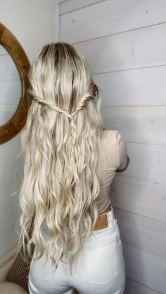 Hairdo For Long Hair, Easy Hairstyles For Long Hair, Pretty Hairstyles, Fall Hairstyles, Pictures Of Hairstyles, Long Hair Half Updo, Simple Braided Hairstyles, Hairstyles For Women, Simple Hairstyles For Long Hair