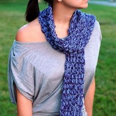 A super soft and squishy puff stitch crocheted scarf, which works up quick and beautifully with merino/acrylic blend yarn.