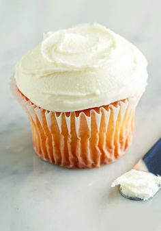 PHILADELPHIA Cream Cheese Frosting – No cupcake is complete without a creamy, dreamy frosting finish—and this 10-minute, four-ingredient recipe makes the grand finale look easy. But don't let the prep time fool you: it's just as flavorful as the frostings that you find at your favorite bake shops. From pumpkin and chocolate cupcakes to peppermint cookies and cakes, this versatile frosting is perfect for all of your baking needs this season!