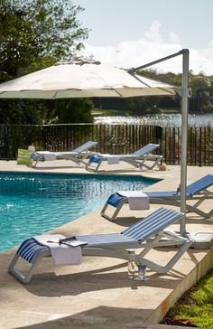 Catch some sun and let stress slip away when lounging on our Pacific Stacking Chaise. The breathable mesh sling stays cool to the touch and won't cling to skin while sunbathing or relaxing with a cool beverage.