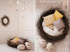 Купить Пасхальная фотозона - бежевый, гнездо, подушка, яйца, яйцо, печворк, фотозона, оформление фотозоны