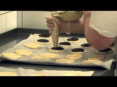 YouTube Czech Republic, Mexican Food Recipes, Oven, Sweets, Cookies, Cake, Hampers, Kitchens, Crack Crackers