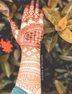 Simple Mehndi Designs Fingers, Henna Tattoo Designs Simple, Stylish Mehndi Designs, Latest Bridal Mehndi Designs, Full Hand Mehndi Designs, Mehndi Designs Book, Mehndi Designs 2018, Mehndi Designs For Girls, Mehndi Design Photos