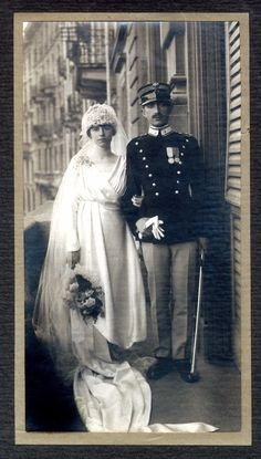 Dario Luzzati, a Jewish officer in the Italian army during WWI, and his wife Dora on their wedding day. Jews served on both sides of the fighting between Italy and Austria-Hungary (Courtesy of the U. Nahon Museum of Italian Jewish Art)