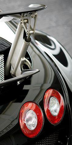 bugatti veyron on pinterest lamborghini aventador ferrari 458 and lamborghini. Black Bedroom Furniture Sets. Home Design Ideas