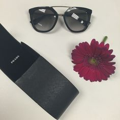 Black Prada SPR 13Q Sunglasses Absolutely love this style but they don't fit my face the way I'd like. In amazing condition, very minimal scratches on the sides and the lenses are pretty much flawless. No trades. SPR 13Q 54/20 style Prada Accessories Sunglasses