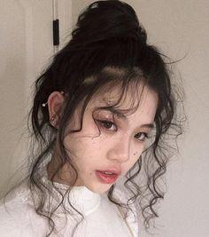 Hair Inspo, Hair Inspiration, Ulzzang Girl Fashion, Looks Instagram, Asian Makeup, Aesthetic Hair, Aesthetic Women, Grunge Hair, Mode Outfits