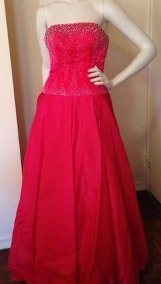 Gorgeous Tiffany Design Gown Dress For Prom And Formal Evening 34 Waist Wedding Flower Girl Dresses, Bridal Dresses, Bridesmaid Dresses, Prom Dresses, Formal Gowns, Strapless Dress Formal, Off Shoulder Dresses, Long Cocktail Dress, Long Evening Gowns