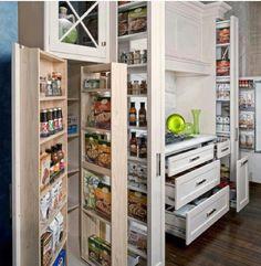 Hidden pantry & drawer space