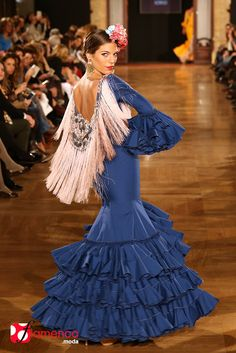 Viviana Ilorio - We Love Flamenco 2015 Look Fashion, Unique Fashion, Fashion Beauty, Fashion Show, Flamenco Costume, Flamenco Dancers, Flamenco Dresses, Prom Party Dresses, Evening Dresses