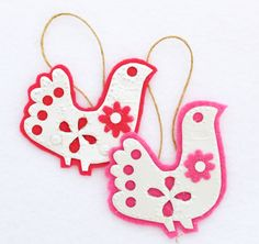 Homemade Christmas Doves. Felt dove Christmas Ornaments. A simple step by step instant download from folkgarden.
