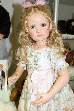 Пасхальная встреча в магазине кукол Гюнзел 2017. Фарфор в воске, WOP / Коллекционные куклы Hildegard Gunzel, Хильдегард Гюнцель / Бэйбики. Куклы фото. Одежда для кукол