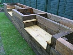 Turns Out, The Perfect Backyard Garden Starts With One of These 36 Ideas DIY Garden Beds - Raised Garden Bed Benches - Easy Gardening Ideas for Raised Beds and Planter Boxes - Free Plans, Tutorials an Raised Garden Bed Plans, Raised Bed Garden Design, Diy Garden Bed, Building A Raised Garden, Garden Boxes, Easy Garden, Raised Beds, Raised Flower Beds, Cheap Raised Garden Beds