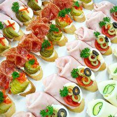 Chlebýčky mini, milujeme i my. Snakes, Caprese Salad, Bruschetta, Finger Foods, Brunch, Appetizers, Pizza, Ethnic Recipes, Wedding