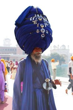 Huge Turbans - In some areas of India, especially in Rajasthan, the turban's size may indicate the position of the person in society. This man looks very important.