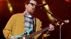 Weezer releases 'I Love the USA' to hype up NASA's Juno Mission Image: Phillip Faraone/getty  By Tricia Gilbride2016-06-30 15:57:19 UTC  America: where Rivers Cuomo can freely bite his fingernails and NASA commissions Weezer to write a patriotic song.  I Love the USA was commissioned by NASA and Apple to hype up the Juno Mission an unmanned satellite set to reach Jupiters orbit on July 4 that could use some good press.  Weezer explores dream pop territory on the hyper-positive track eff yeah…